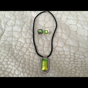 Gorgeous volcanic glass pendant/earrings set
